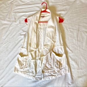 Juicy couture Sz XS vest pockets waterfall collar